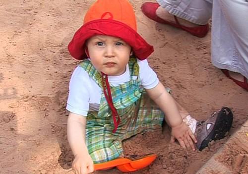 10.08.2014.TV3: Krāsu izvēle bērnu apģērbos, Superbēbīte Līna Grieta ar tēti baseinā, kāpēc ģimenes nevēlas kļūt par daudzbērnu ģimenēm