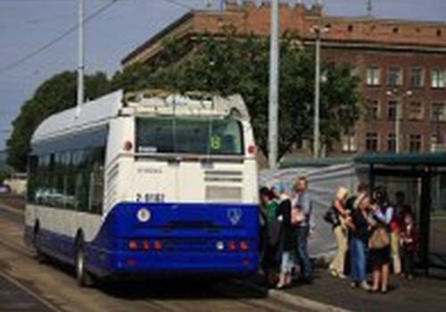 Jāņos sabiedriskajā transportā varēs braukt bez maksas