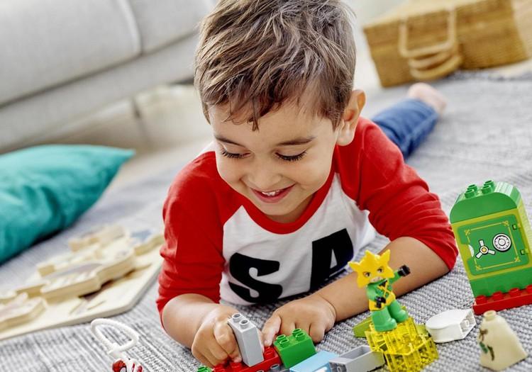 Uzzini, kurš laimējis LEGO DUPLO rotaļu vilcienu!