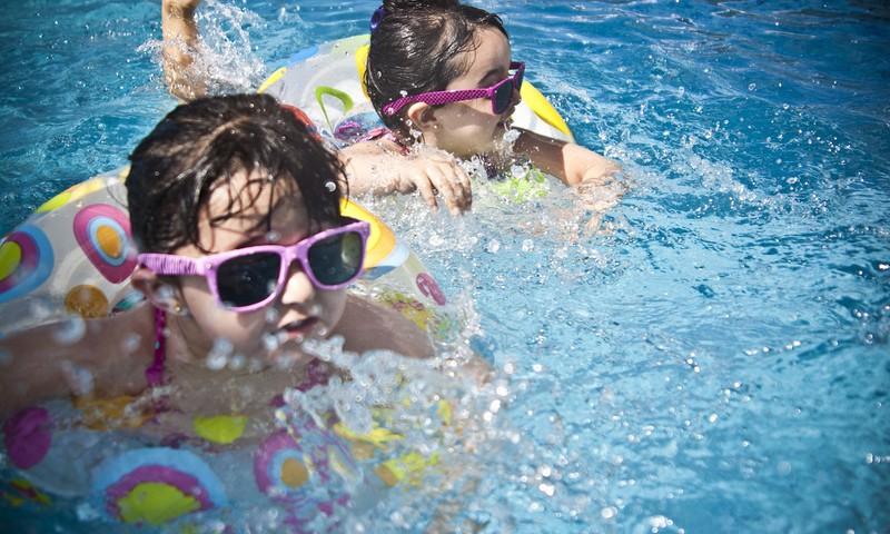 Vai mazulim vasarā vajag saulesbrilles?