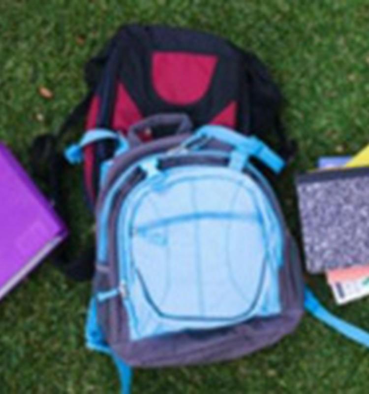 Palīdzēsim piepildīt mazo rīdzinieku skolas somas!