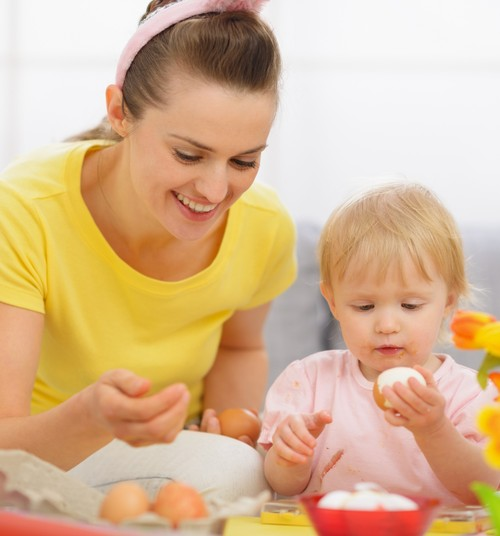 Lieldienas: pacienā savu mazuli ar Lieldienu oliņu un neaizmirsti par pareizu uzturu svētkos