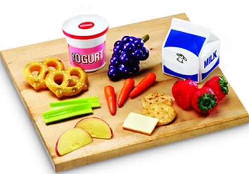 Atklās pirmo veselīgas pārtikas pašapkalpošanās aparātu skolā