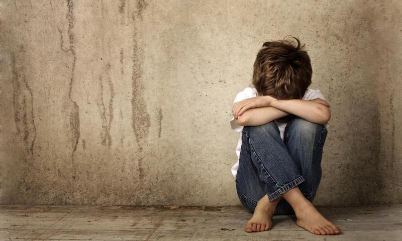 MĀMIŅAS PIEREDZE: Cik pedagoģiski pareizi ir ļaut bērnam apčurāties klasesbiedru klātbūtnē?