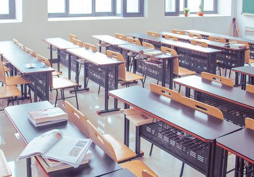 Pagarinot brīvlaiku jaunāko klašu skolēniem, tiks pagarināts arī mācību gads