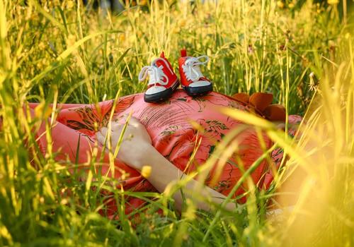 5 iemesli, kāpēc ir lieliski gaidībās būt tieši vasarā