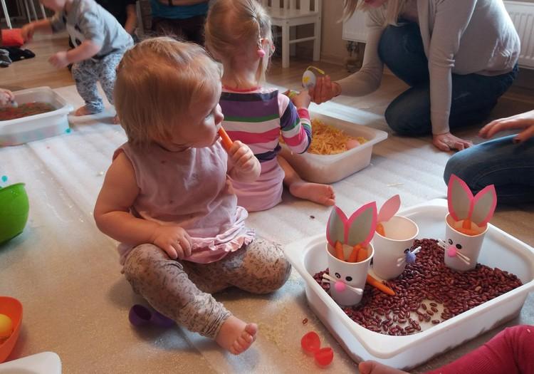 Sensorās nodarbības bērniem no 2 mēnešu līdz 2,5 gadu vecumam