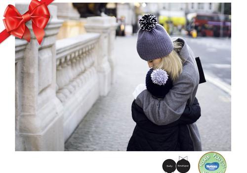 Huggies® svētku dāvanu katalogs: Siltas, stilīgas, redzamas cepurītes -www.babyboutique.lt