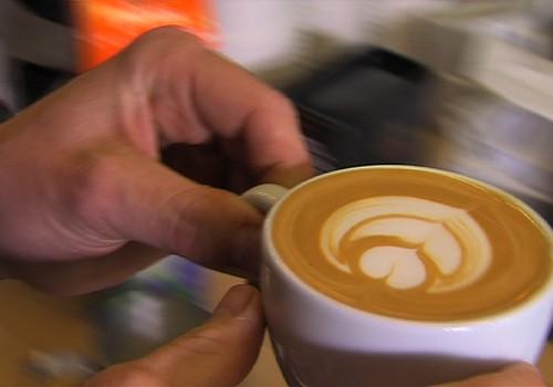 VIDEO: cik veselīgi vai NEveselīgi ir dzert kafiju