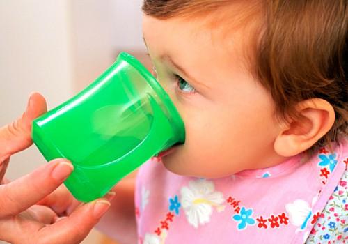 Pediatri: Ko dot bērnam padzerties vasaras svelmē?