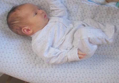 VIDEO: Jaundzimušā attīstība pirmajā dzīves mēnesī