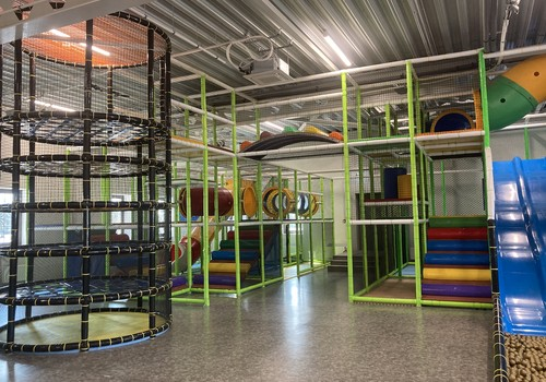 Bērnu rotaļu istaba Via Jurmala outletā