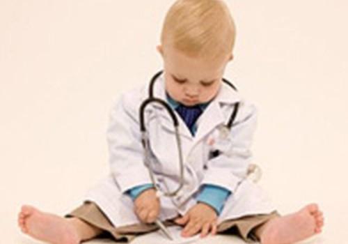 Kad jādodas ar bērnu pie ārsta?