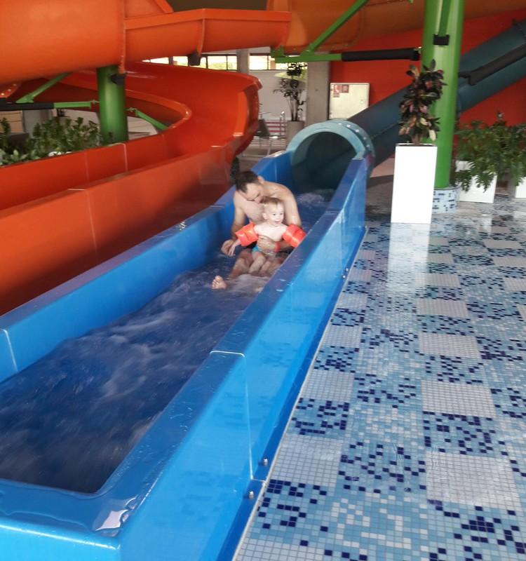 Laižam plunčāties uz jauno ūdens atpūtas parku Siguldas sporta centrā!