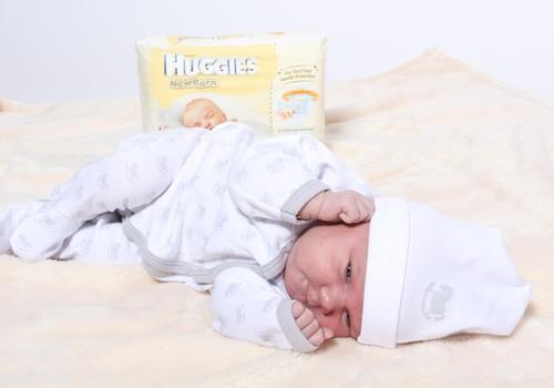 Kādu jaundzimušā apģērbu izvēlēties? Lasi ieteikumus un laimē apģērbu komplektiņu!