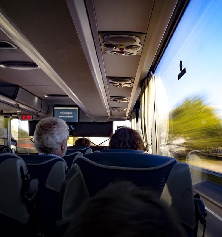 Katram daudzbērnu ģimenes loceklim vajadzēs savu personalizēto 3+ Ģimenes karti, lai saņemtu atlaidi, braucot sabiedriskajā transportā