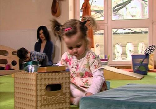 Aktīviem mazuļiem- aktīvas rotaļas! VIDEO no Klaudijas Hēlas nodarbības