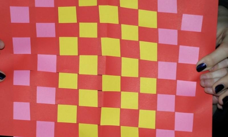 Brīvdienu radošā meistarklase: papīra paklājiņš