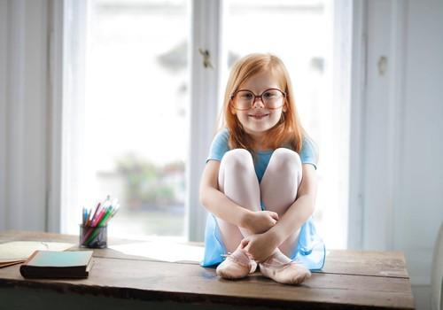 Optometriste: redzes problēmas bērniem un jauniešiem parādās arvien agrākā vecumā
