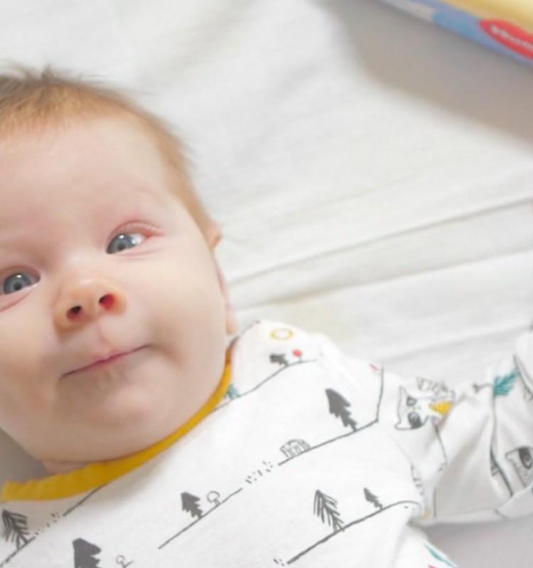 VIDEO: Bērniņa attīstība otrajā dzīves mēnesī