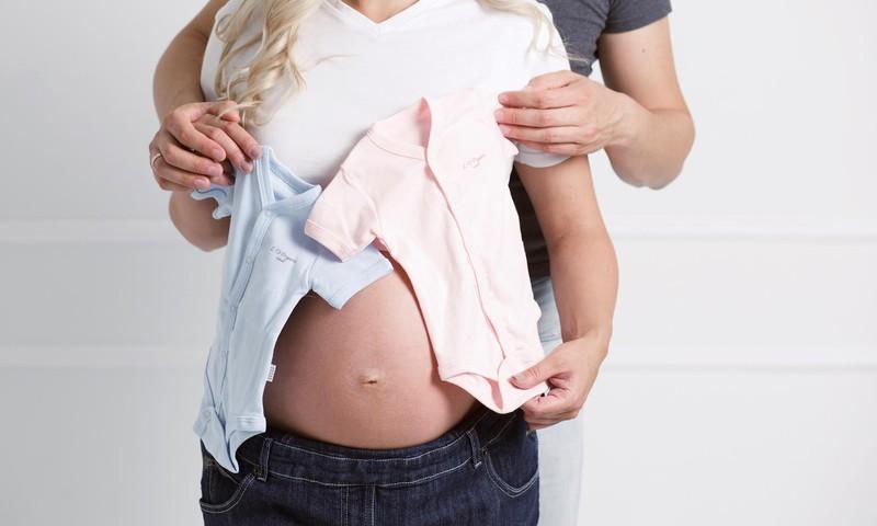 Kas ir rēzus faktoru nesaderība mātei un bērnam?