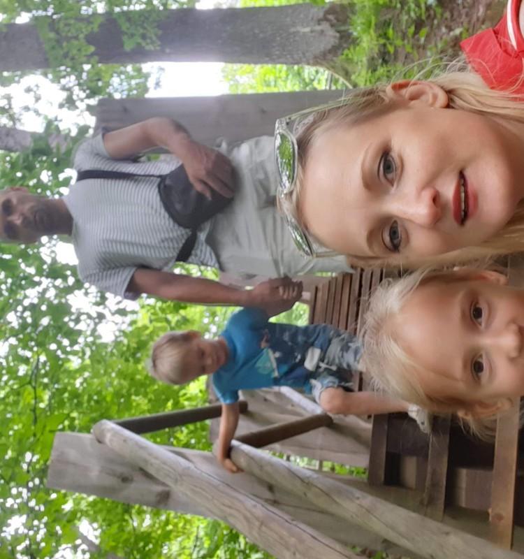 Sigulda vasarā-Gūtmaņu ala,trepītes, panorāmas rats.