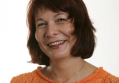 Vecmāte Iveta Bērziņa par mājdzemdību un stacionāro dzemdību salīdzinājumu