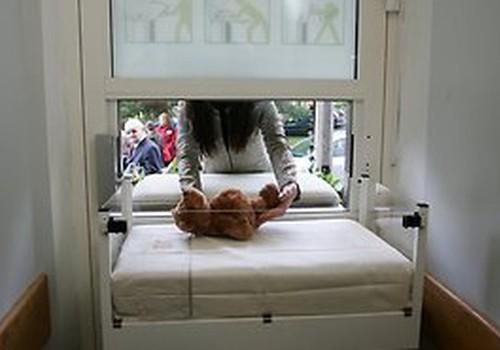 Bērnu slimnīcas glābējsilītē ievietots jau devītais mazulis