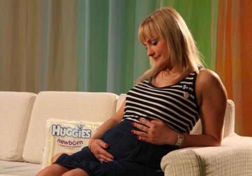 Atver šodien E-žurnālu, piedalies aptaujā un laimē Huggies® Newborn autiņbiksītes!
