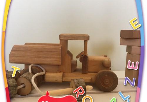 Paldies, ka parādīji sava mazuļa koka rotaļlietas!