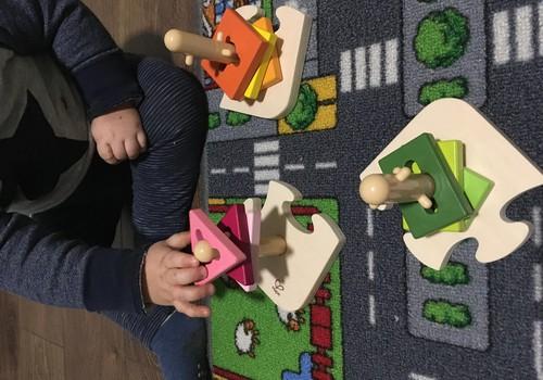 Strazdiņi izvēlas rotaļlietas
