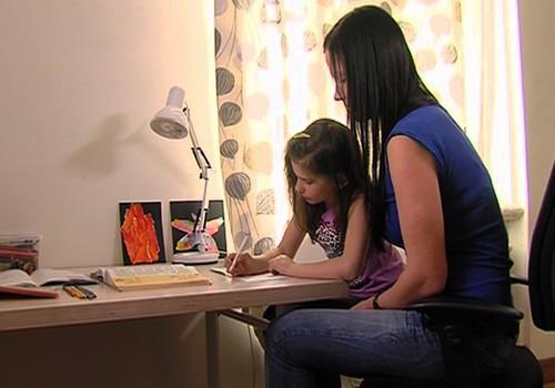 04.05.2014.TV3: Brīvības svētki, podiņmācības kluba atvēršana un ciemošanās pie Mārtiņa Pļaviņa