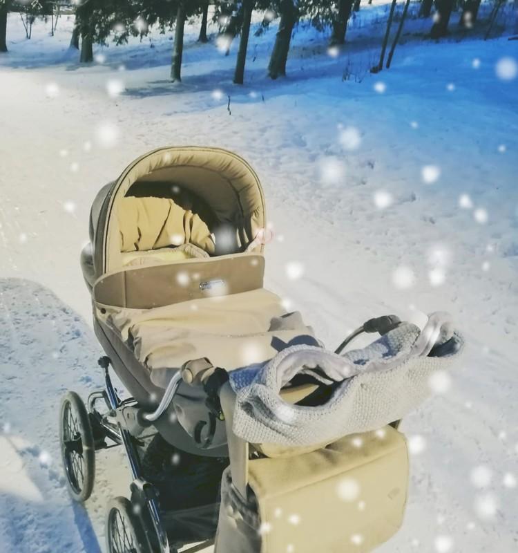 Ikdiena ar bēbīti: Kā ģērbties ejot ziemīgās pastaigās