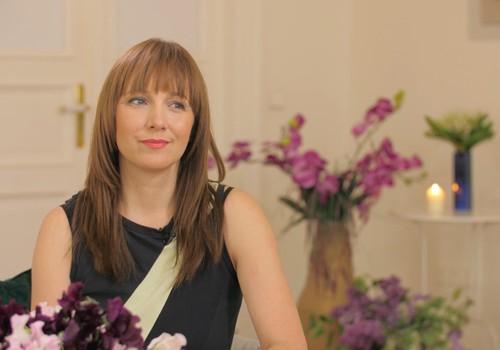 21. jūnija TV raidījuma lielajā intervijā - Māmiņu Kluba izveidotāja Sandija Salaka