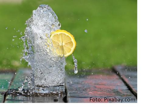 Sinoptiķu prognozes liecina, ka karstums pieņemsies spēkā. Neaizmirsti dzert ūdeni!
