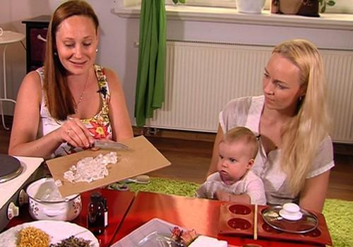 VIDEO: gatavojam foršas dāvanas Māmiņdienā kopā ar Superbēbīti