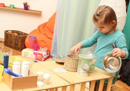Huggies@ Brīnumu istaba: Kas notiek bērna attīstībā 16 līdz 24 mēnešu vecumā?