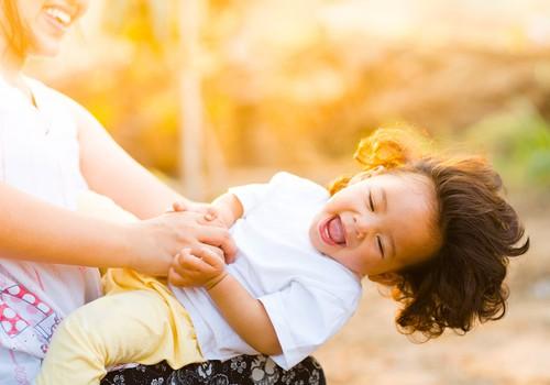 17 frāzes, kuras palīdzēs tavam bērnam izaugt par sevi pārliecinātam