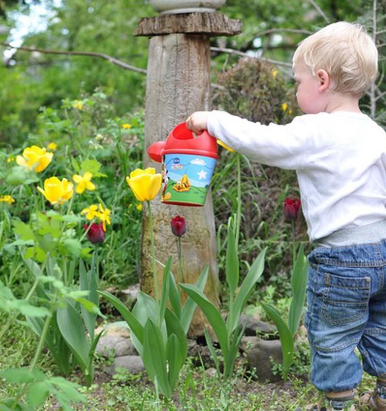 Vai un kā iesaistīt bērnu dārza darbos?