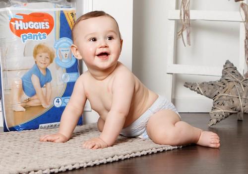 Rūpēs par aktīvu mazuli. Ādas kopšana un autiņbiksīšu maiņa