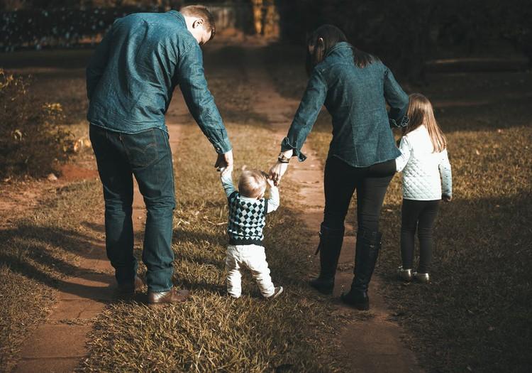 9 jautājumi, kurus vecākiem vajadzētu uzdot pašiem sev