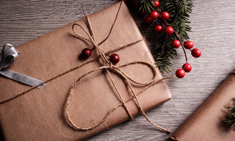 Ziemassvētku dāvanu ceļvedis: Idejas dāvanām vecvecākiem
