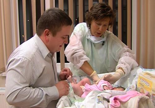 17.11.2013.TV3: kā bērnudārzniekiem nodrošināt enerģiju un UNIKĀLI dzemdību kadri!