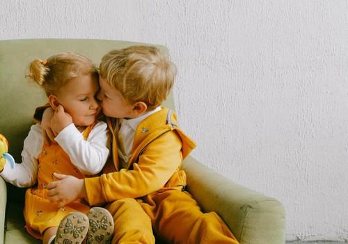 9 frāzes, kuras tev jāiemāca savam bērnam
