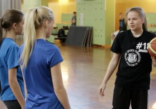 VIDEOfilmiņa: Kuru meiteni izvēlējās Rihards