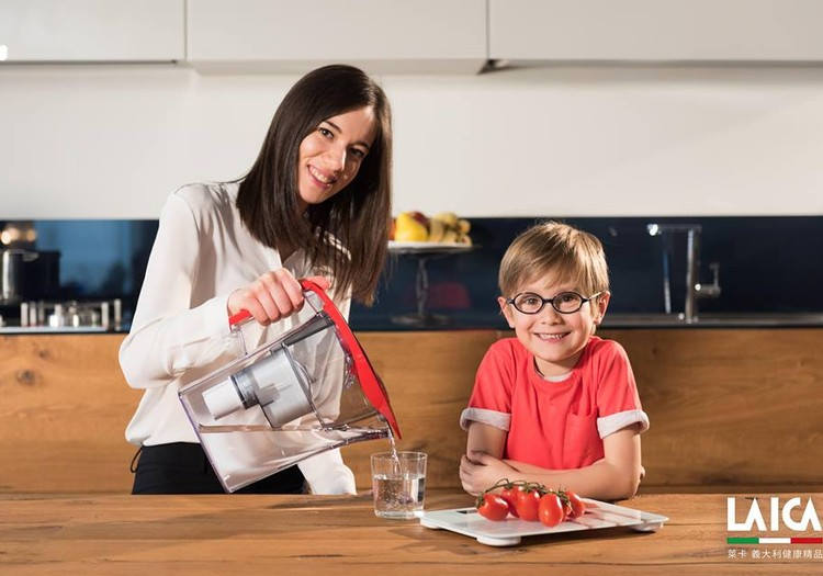 KONKURSS: Dalies ar savas ģimenes veselīgajiem knifiņiem un laimē LAICA ūdens filtrēšanas krūzi!