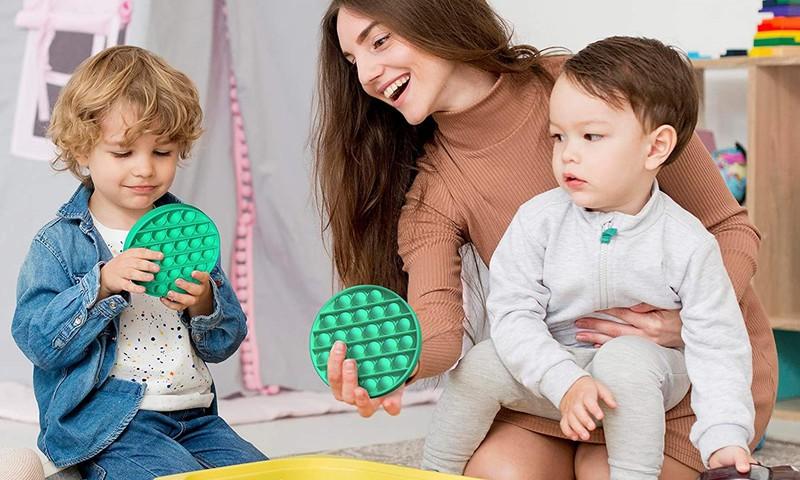 'Pop it' rotaļlietas – jautrs veids, kā izklaidēties un mazināt stresu