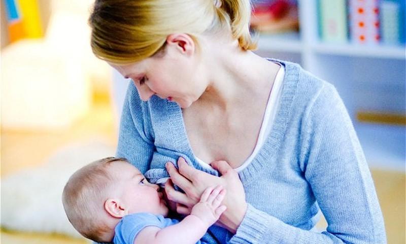 Rūpes par krūtīm zīdīšanas laikā
