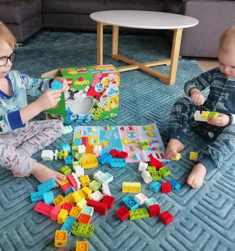TESTĒJAM: LEGO® DUPLO® Heart Box