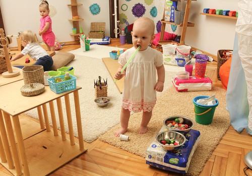 FOTO Huggies@ Brīnumu istaba: kā rotaļājas 12 līdz 16 mēnešu vecumā?